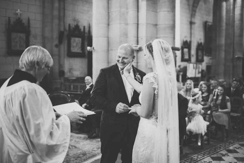 047-chateau-la-durantie-wedding-photographer