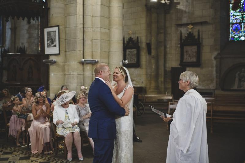 049-chateau-la-durantie-wedding-photographer