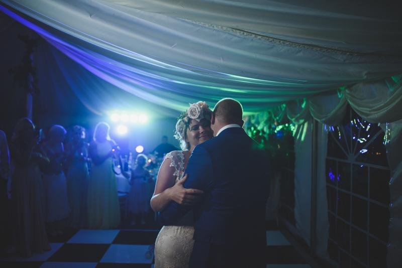 085-chateau-la-durantie-wedding-photographer